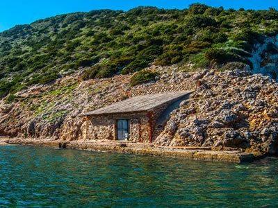 Spiaggia del Pertuso all'Isola del Giglio