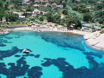 Spiaggia dell'Arenella all'Isola del Giglio