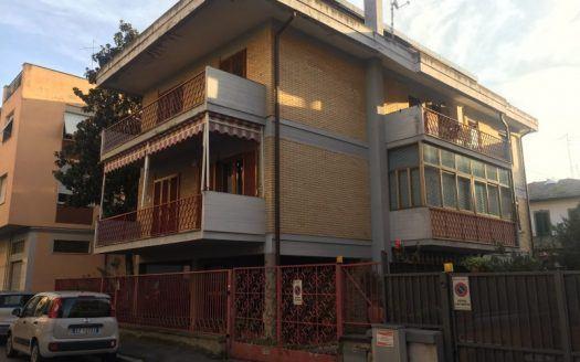 Foto panoramica esterna appartamento in vendita a Grosseto, Via Sardegna