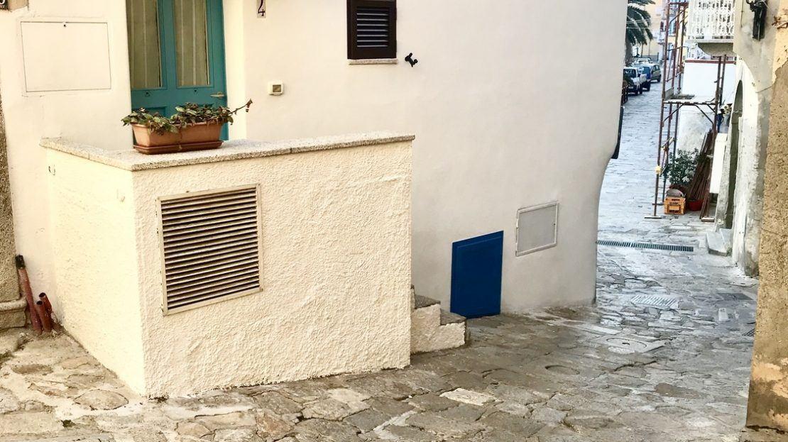 Esterno dell'appartamento bilocale Iris in Affitto a Giglio Porto