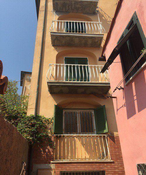 Vista esterna appartamento Gabriella in Vendita a Giglio Porto