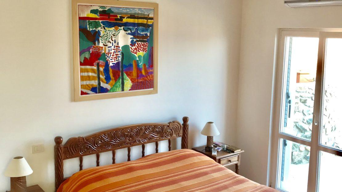 Particolare della camera da letto all'interno del Trilocale Giulia in Affitto a Giglio Porto