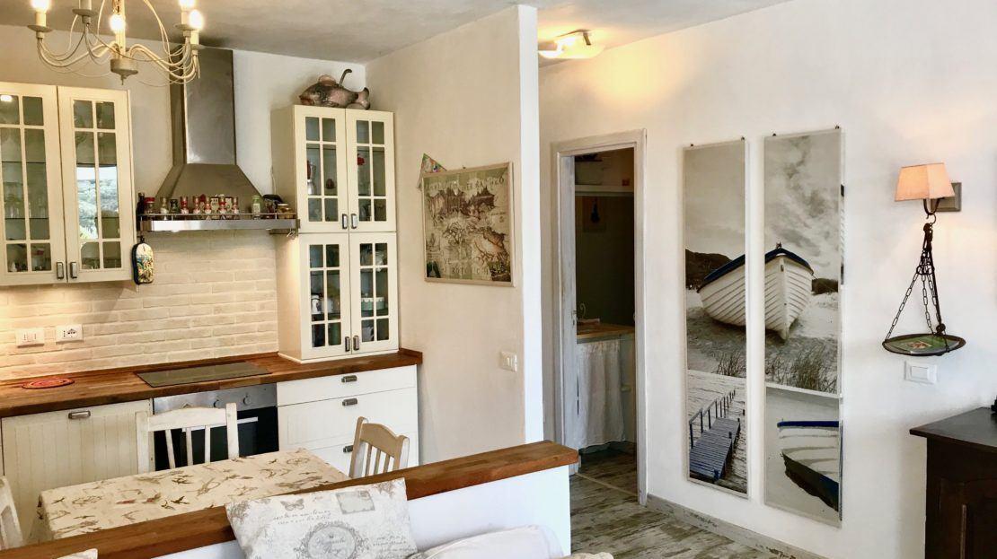 Elegante area cucina in appartamento indipendente in vendita a Giglio Campese, loc. Isolella